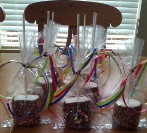Marshmallow Creative Party Favors